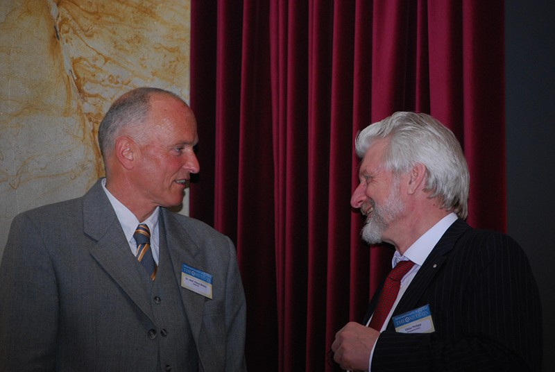Dr Med Klaus Bielau And Viktor Philippi