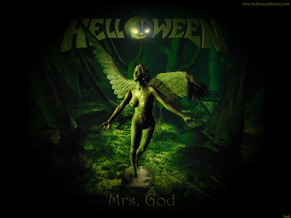 Mrs God Halloween, Halloween